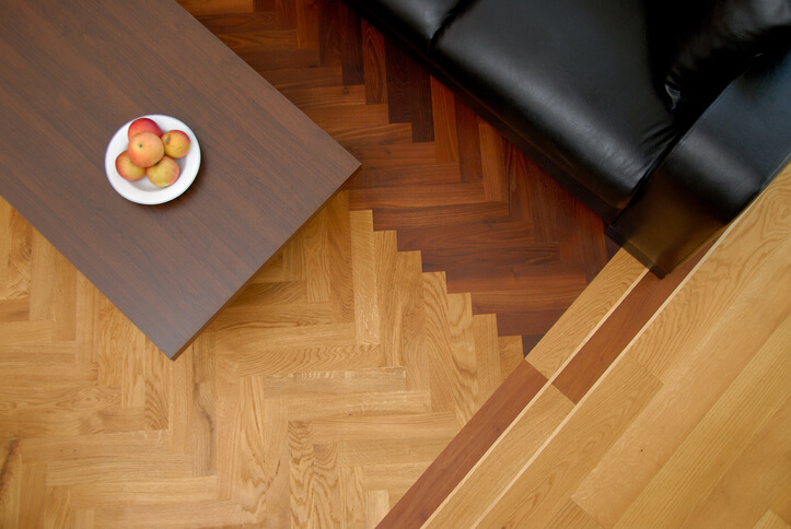 direction to lay hardwood flooring patterns